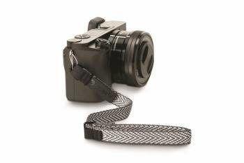 Pasek do aparatu kompaktowego Pacsafe Carrysafe 25